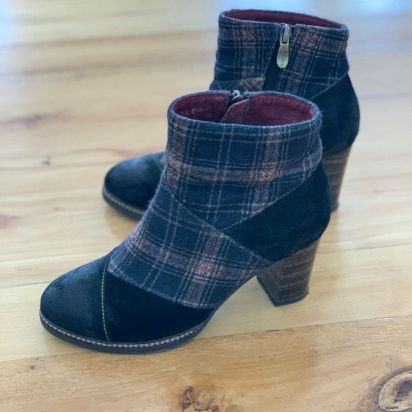 High heeled plaid booties